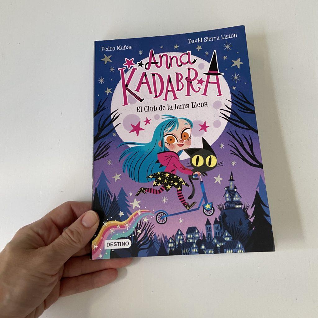 Anna Kadabra El Club de la Luna Llena