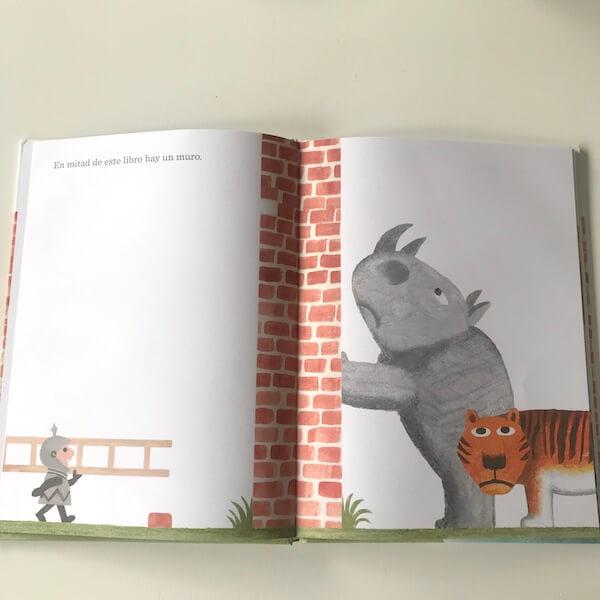 El muro en mitad del libro (1)